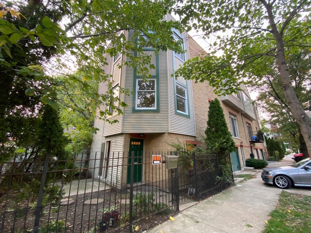 2 Bedrooms, West Town Rental in Chicago, IL for $1,950 - Photo 1
