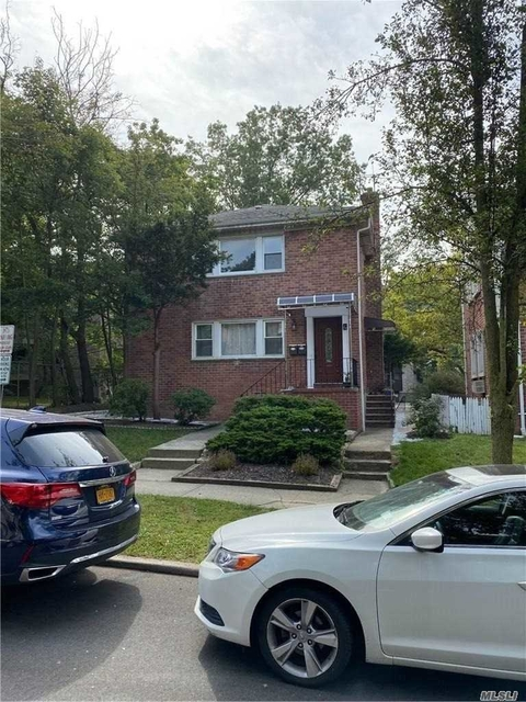 3 Bedrooms, Great Neck Plaza Rental in Long Island, NY for $3,200 - Photo 1