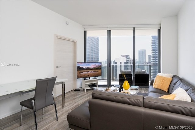 1 Bedroom, Mary Brickell Village Rental in Miami, FL for $3,300 - Photo 2