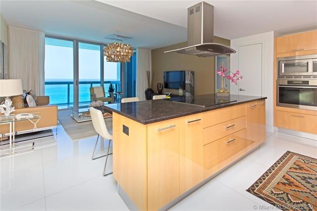 2 Bedrooms, Atlantic Heights Rental in Miami, FL for $9,000 - Photo 2