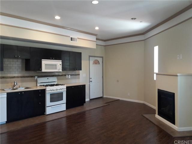 3 Bedrooms, Van Nuys Rental in Los Angeles, CA for $2,750 - Photo 2