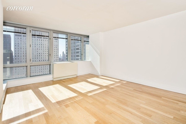 Studio, Turtle Bay Rental in NYC for $2,743 - Photo 2