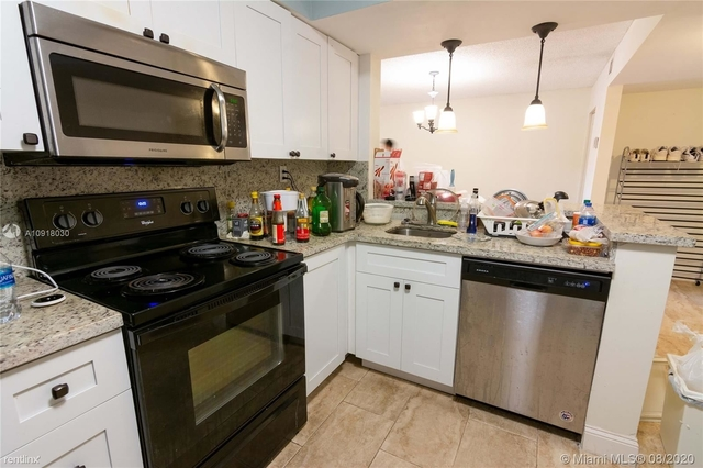 2 Bedrooms, Plantation Rental in Miami, FL for $1,550 - Photo 1
