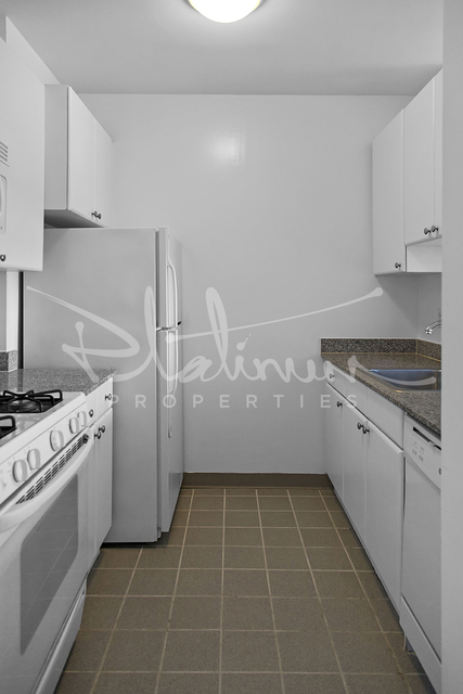 Studio, Battery Park City Rental in NYC for $2,917 - Photo 2