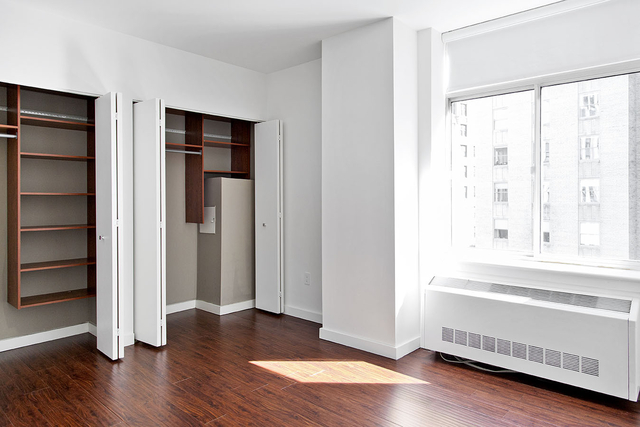 2 Bedrooms, Financial District Rental in NYC for $4,457 - Photo 2