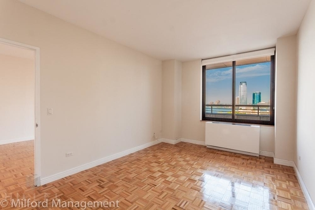 1 Bedroom, Battery Park City Rental in NYC for $3,536 - Photo 2