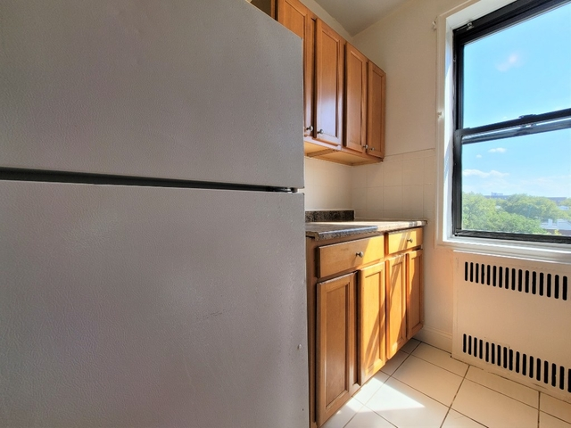 1 Bedroom, Sunnyside Rental in NYC for $2,385 - Photo 2