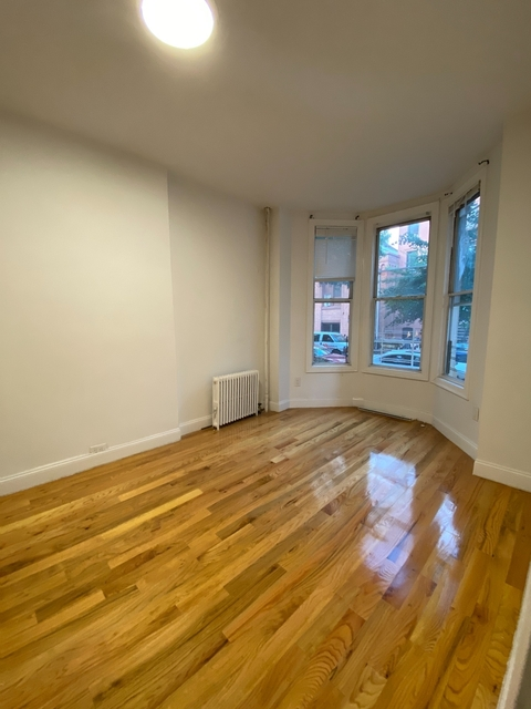 1 Bedroom, South Slope Rental in NYC for $2,335 - Photo 1
