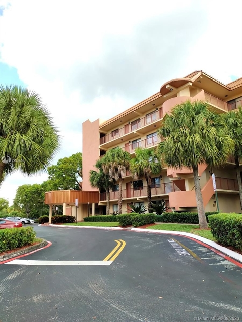 2 Bedrooms, Plantation Forest Condominiums Rental in Miami, FL for $1,450 - Photo 1