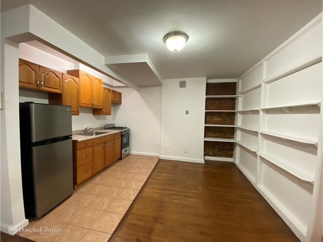 2 Bedrooms, Alphabet City Rental in NYC for $3,098 - Photo 2