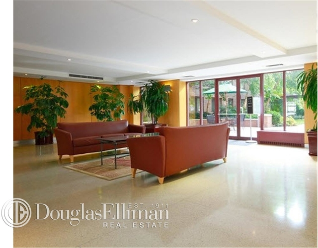 1 Bedroom, Battery Park City Rental in NYC for $3,325 - Photo 2
