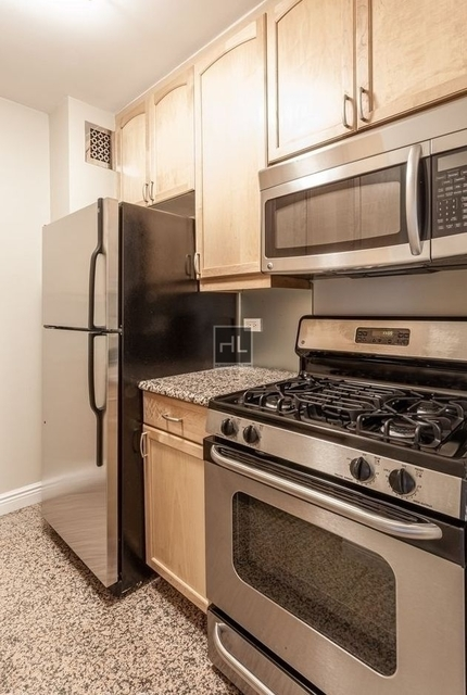 3 Bedrooms, Lincoln Square Rental in NYC for $13,499 - Photo 2