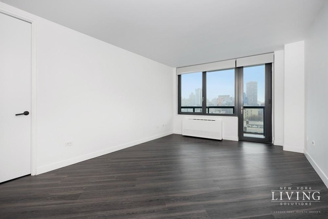 1 Bedroom, Alphabet City Rental in NYC for $4,354 - Photo 2