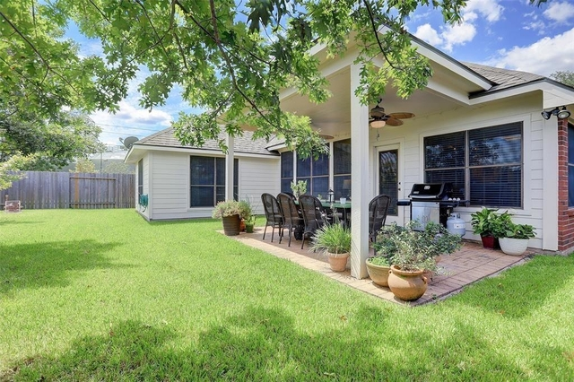 4 Bedrooms, New Territory Rental in Houston for $2,000 - Photo 2