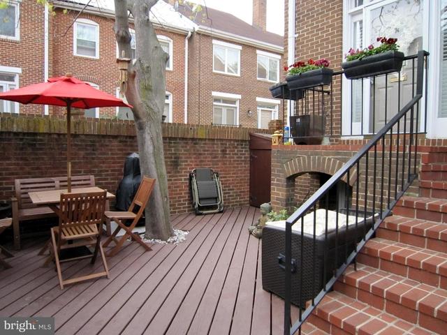 3 Bedrooms, Ballston - Virginia Square Rental in Washington, DC for $3,600 - Photo 1