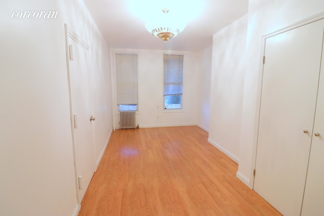 1 Bedroom, Greenpoint Rental in NYC for $2,100 - Photo 2