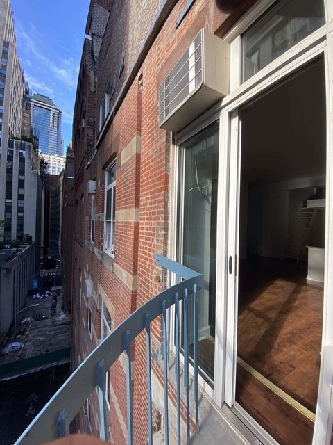 1 Bedroom, Financial District Rental in NYC for $2,800 - Photo 2
