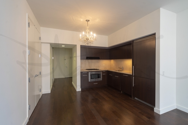 Studio, Financial District Rental in NYC for $1,856 - Photo 2
