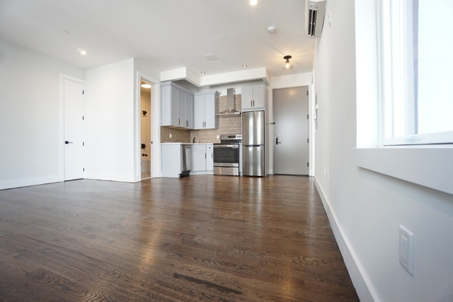 1 Bedroom, Greenpoint Rental in NYC for $2,700 - Photo 2