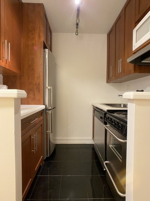 Studio, Lincoln Square Rental in NYC for $1,662 - Photo 1