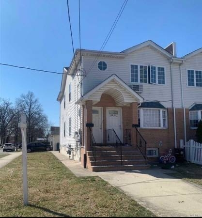 3 Bedrooms, Brookville Rental in Long Island, NY for $2,400 - Photo 1