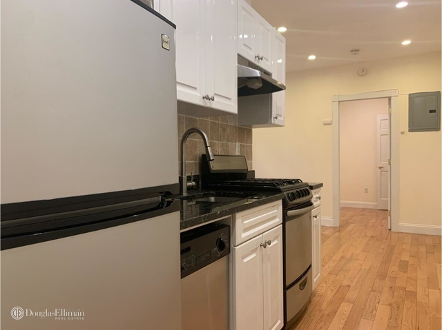 2 Bedrooms, West Village Rental in NYC for $3,400 - Photo 2