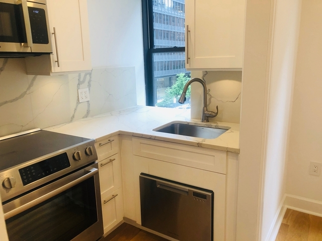 1 Bedroom, Turtle Bay Rental in NYC for $2,970 - Photo 1