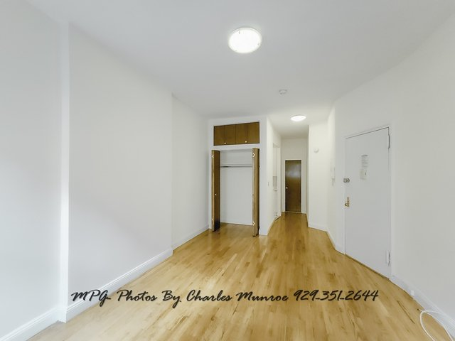 Studio, Yorkville Rental in NYC for $1,800 - Photo 2
