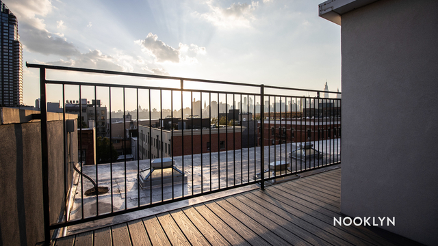 3 Bedrooms, Greenpoint Rental in NYC for $3,250 - Photo 2