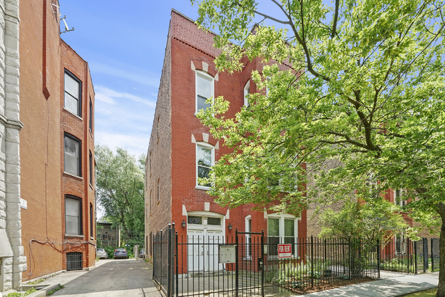 2 Bedrooms, Wicker Park Rental in Chicago, IL for $1,895 - Photo 1