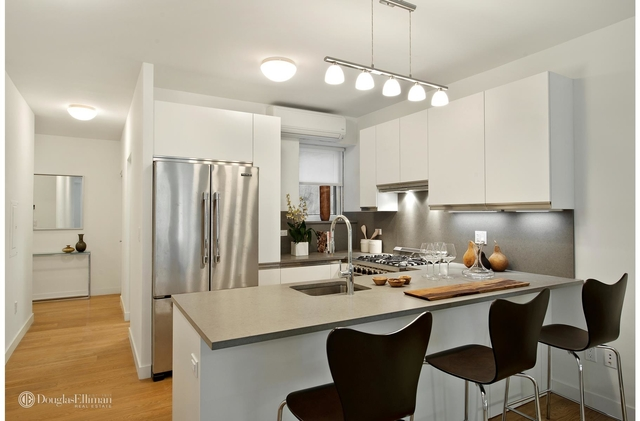 3 Bedrooms, Brooklyn Heights Rental in NYC for $7,950 - Photo 1