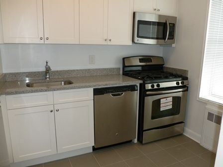 3 Bedrooms, Sunnyside Rental in NYC for $2,839 - Photo 1