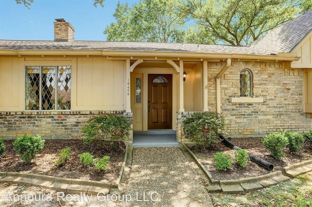 4 Bedrooms, Brook Forest Rental in Houston for $2,200 - Photo 1