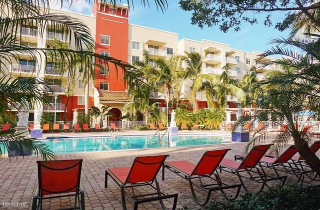 1 Bedroom, Country Club Towers Rental in Miami, FL for $1,400 - Photo 1