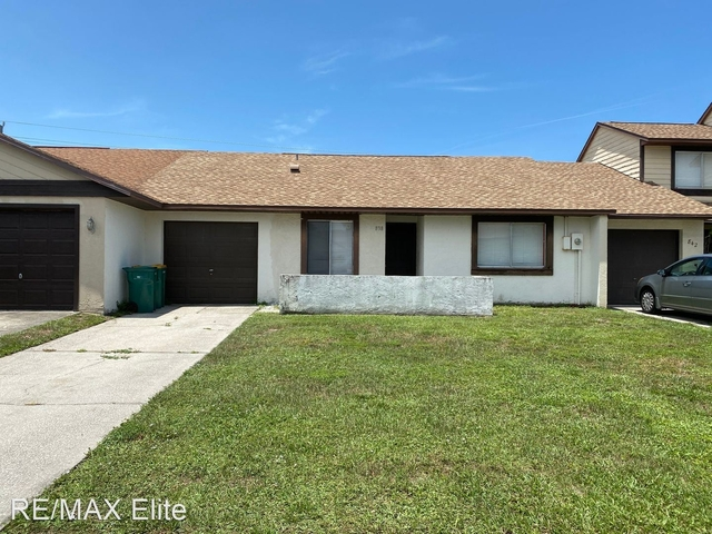 2 Bedrooms, Lakeside Rental in Palm Bay-Melbourne-Titusville, FL for $1,200 - Photo 1