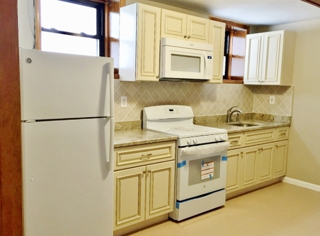 2 Bedrooms, Astoria Rental in NYC for $1,900 - Photo 1