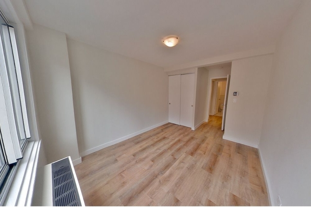 2 Bedrooms, Turtle Bay Rental in NYC for $4,369 - Photo 2