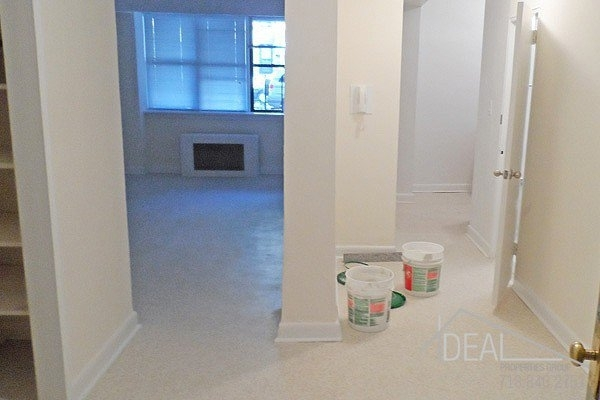 2 Bedrooms, Sunset Park Rental in NYC for $2,195 - Photo 2