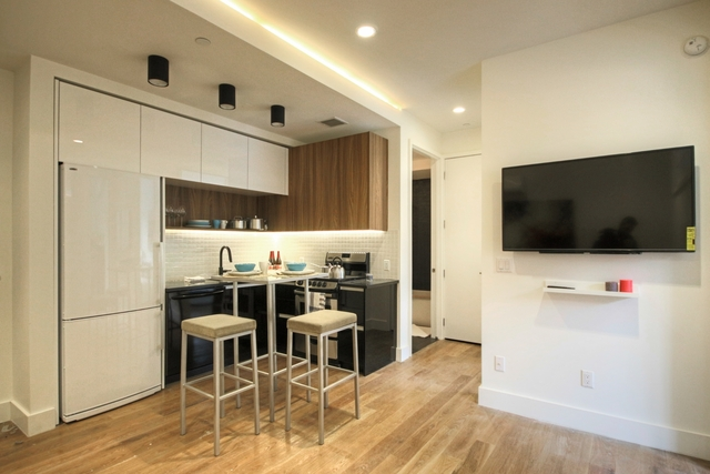 2 Bedrooms, Bedford-Stuyvesant Rental in NYC for $1,912 - Photo 1