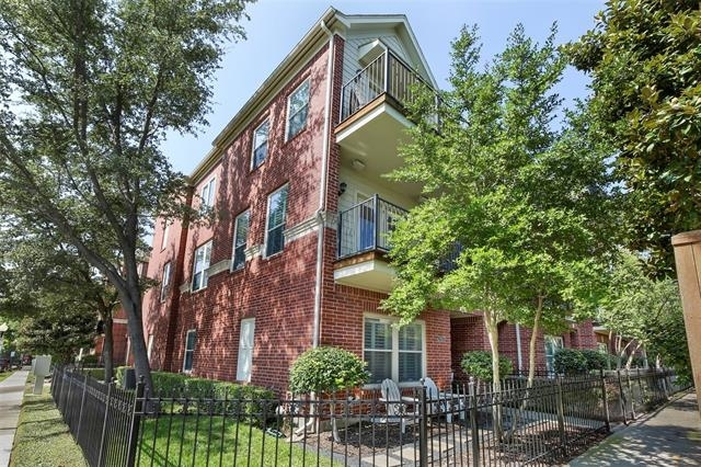 3 Bedrooms, Uptown Rental in Dallas for $3,895 - Photo 2