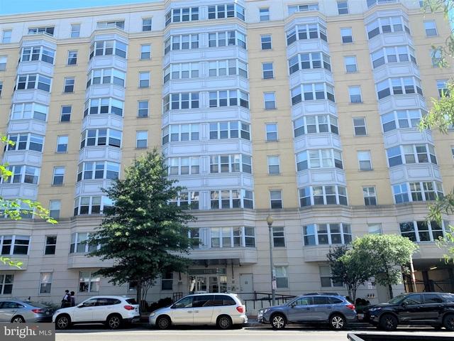 1 Bedroom, Mount Vernon Square Rental in Washington, DC for $2,400 - Photo 1