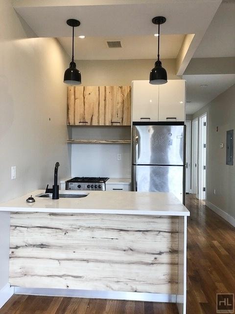 4 Bedrooms, Bushwick Rental in NYC for $3,200 - Photo 2