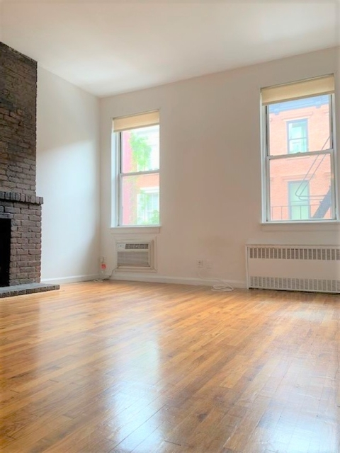 1 Bedroom, West Village Rental in NYC for $3,275 - Photo 2