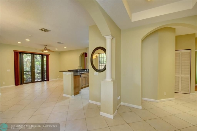 3 Bedrooms, Weston Rental in Miami, FL for $2,600 - Photo 2