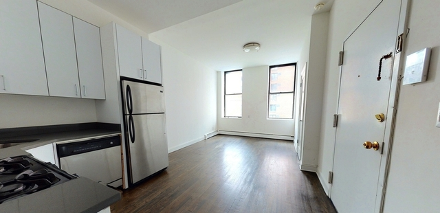 3 Bedrooms, Turtle Bay Rental in NYC for $3,276 - Photo 1