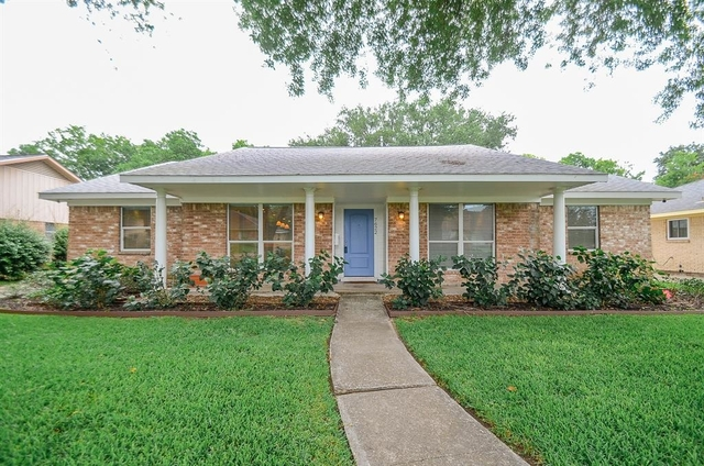 4 Bedrooms, Maplewood West Rental in Houston for $2,000 - Photo 1