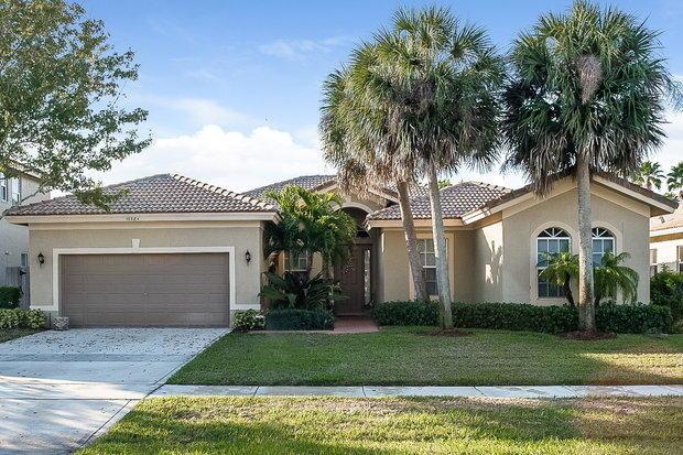 3 Bedrooms, Whitehorse Estates Rental in Miami, FL for $3,040 - Photo 1