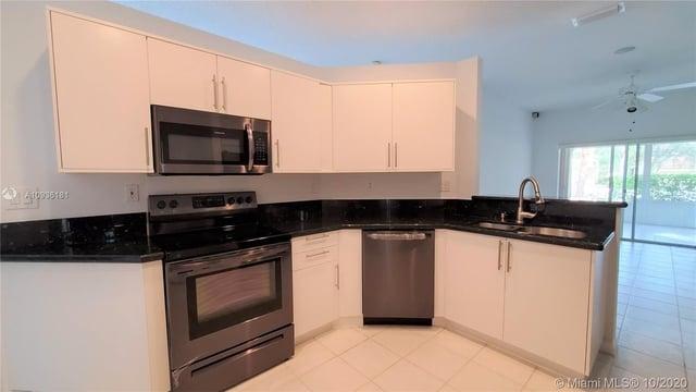 3 Bedrooms, Sapphire Shores - Sapphire Sound Rental in Miami, FL for $2,650 - Photo 2