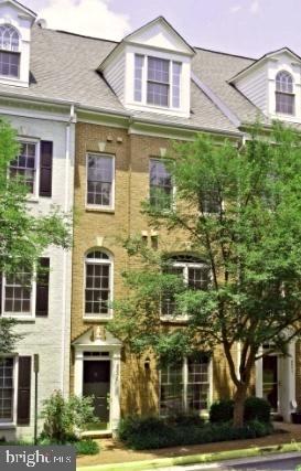 3 Bedrooms, Ashgrove Rental in Washington, DC for $3,200 - Photo 1