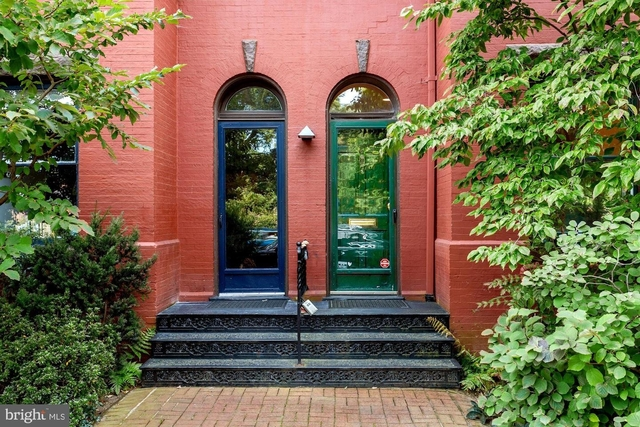 2 Bedrooms, East Village Rental in Washington, DC for $2,950 - Photo 1